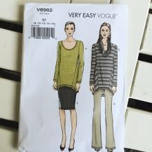 Very Easy Vogue V8962